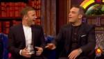 Gary et Robbie interview au Paul O Grady 07-10-2010 8f1fa0101823239