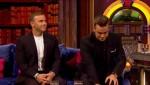 Gary et Robbie interview au Paul O Grady 07-10-2010 Ee07be101821477