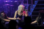 Nov 24, 2010 - Pixie Lott - The Crazycats Tour 5db5d6108402162
