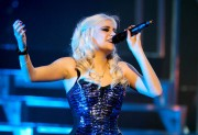 Nov 24, 2010 - Pixie Lott - The Crazycats Tour 71f95f108402107