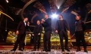 Take That au X Factor 12-12-2010 24ee77111017241