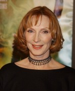 Gates McFadden - 'Star Trek X - Nemesis' World Premiere  9.12.2002 7xHQ