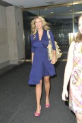 Иванка Трамп, фото 683. Ivanka Trump walks into the Today show in New York City - 18.08.2011, foto 683