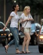 Dakota Fanning / Michael Sheen - Imagenes/Videos de Paparazzi / Estudio/ Eventos etc. - Página 4 602207149510201
