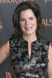 Марша Гэй Харден, фото 27. Marcia Gay Harden 'Immortals 3D' Los Angeles premiere at Nokia Theatre L.A. Live on November 7, 2011 in Los Angeles, California, foto 27