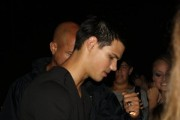 Taylor Lautner on the set of 'Abduction' 7d3c3b98523175